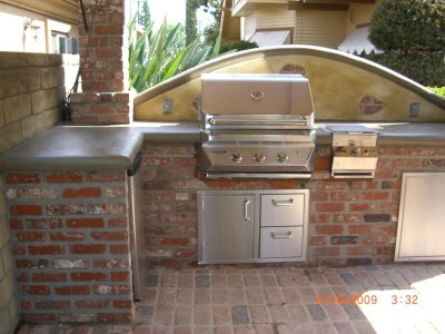 Concrete counter top w/ Twin Eagles BBQ